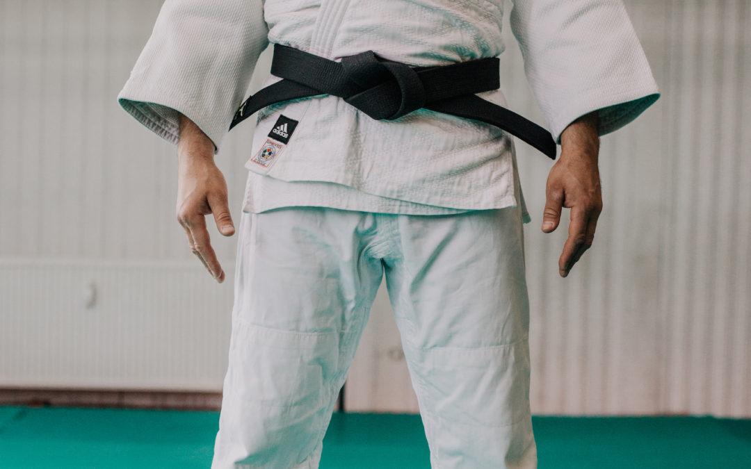 Jak zawiązać pas Judo