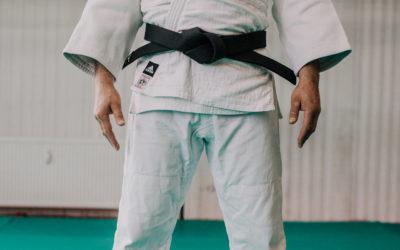Jak szybko złożyć judogę?